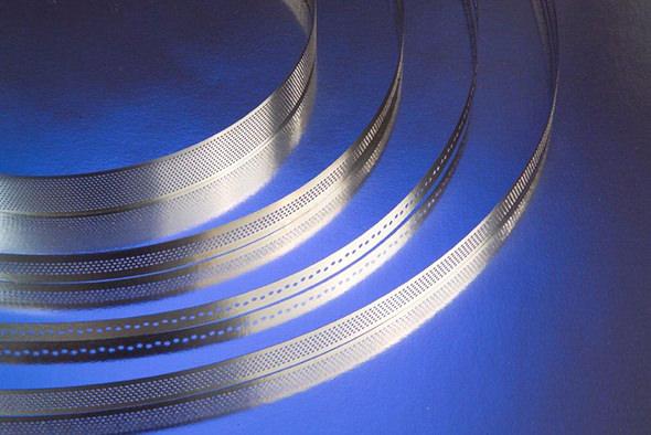 带技术 - 多孔带样品