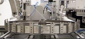 tapis synchrone métallique d'assemblage automatisé