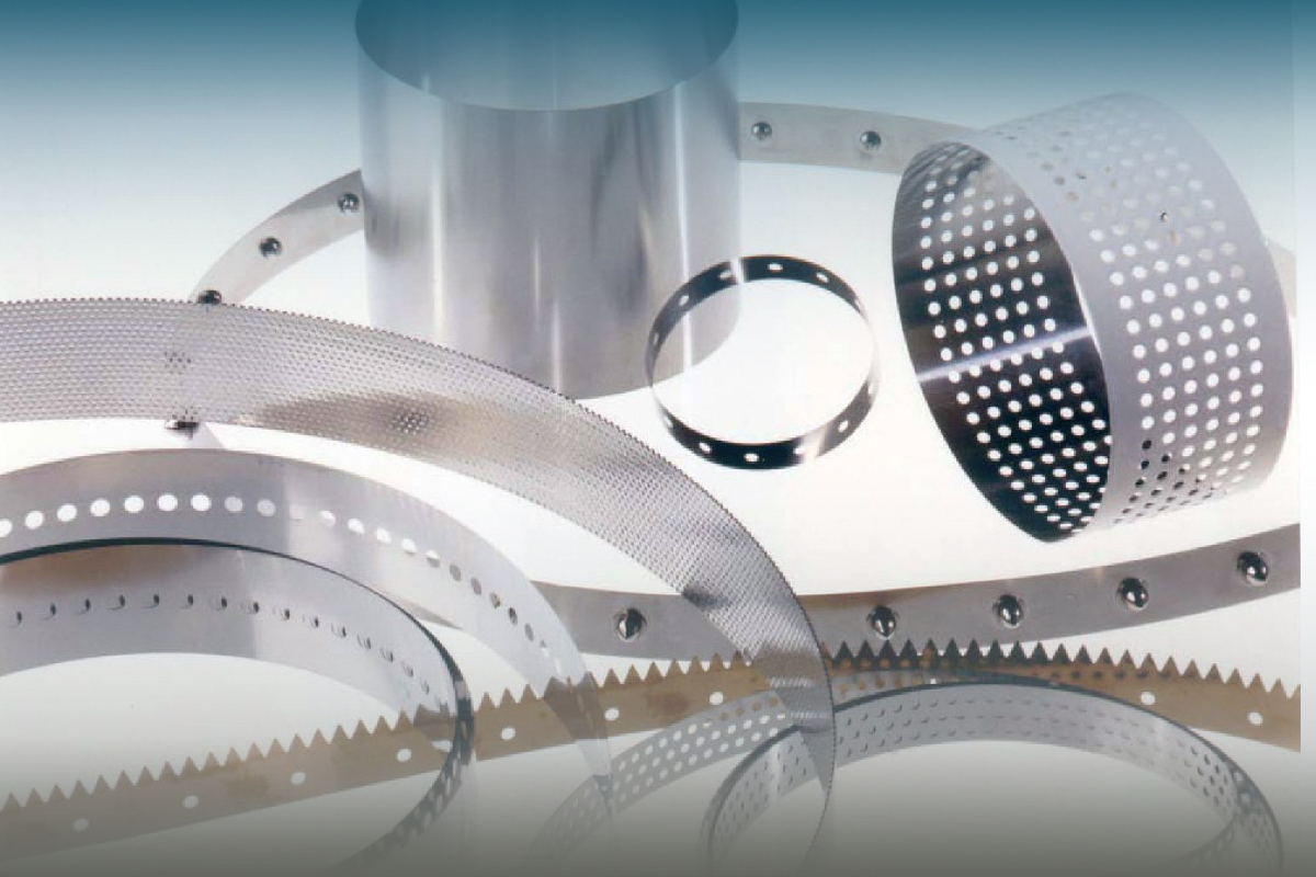 Endless Metal Belts and Metal Belt Conveyor Systems